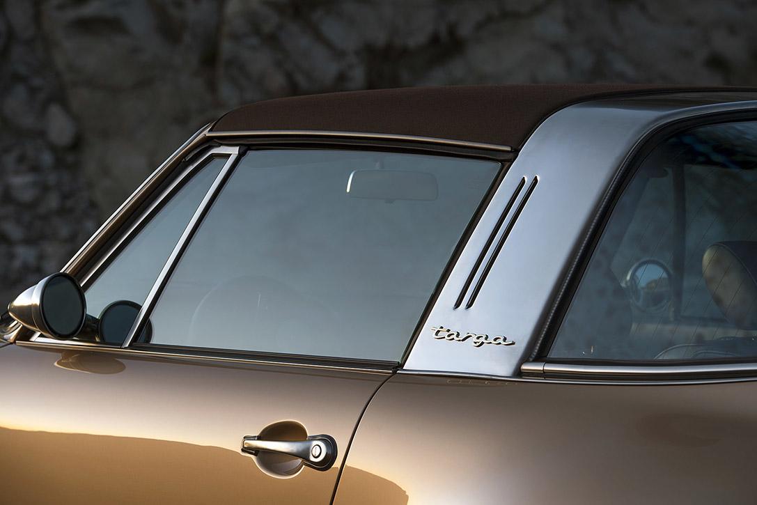 Porsche-911-Targa-Reimagined-by-Singer-6