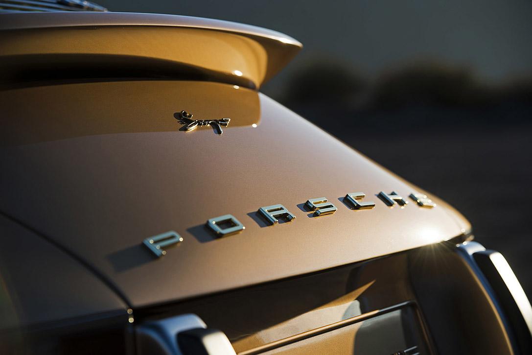 Porsche-911-Targa-Reimagined-by-Singer-7
